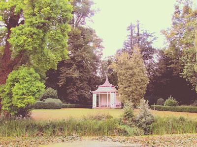 Chinese pagoda, garden, Wrest Park, visit