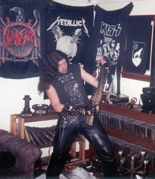 Dating metal fans