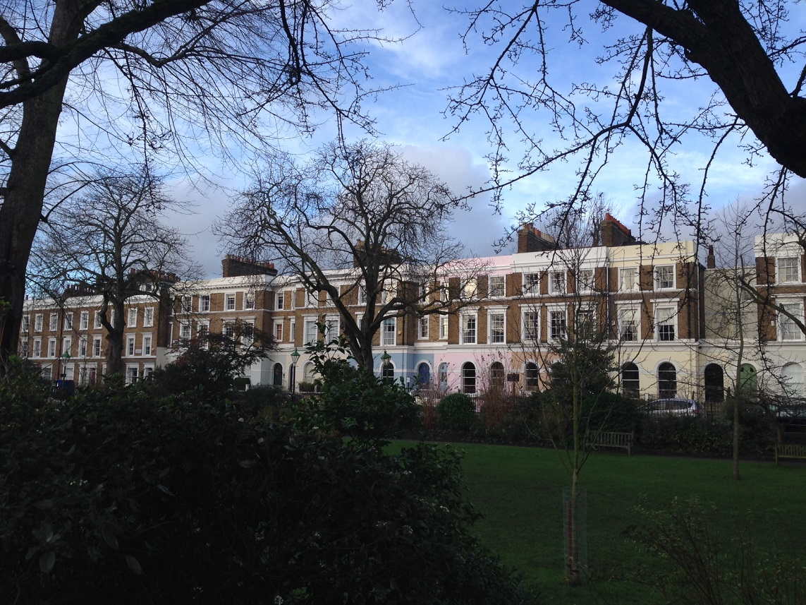 St. James' Gardens, London W11