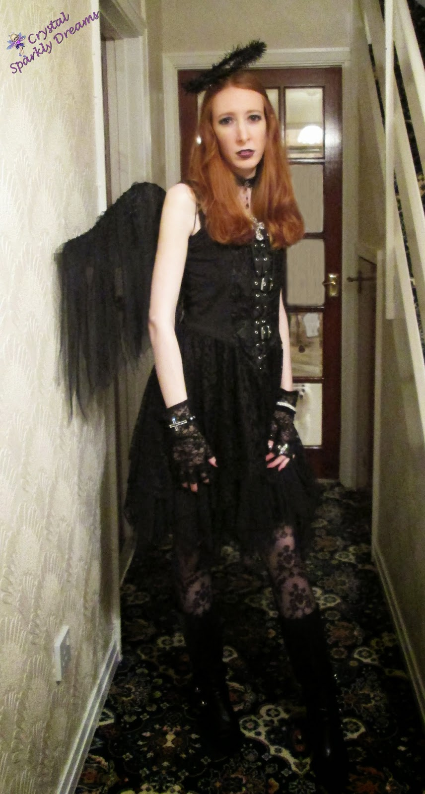 Halloween costume ideas with black lace dress