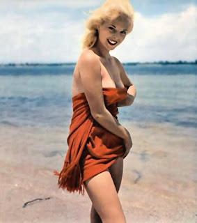 Twerking blondes - sexygirl-Lisa_Winters_C13-750776.jpg