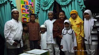 http://ejawantahnews.blogspot.com/2011/09/membuka-tabir-logika-kebenaran-sunah.html