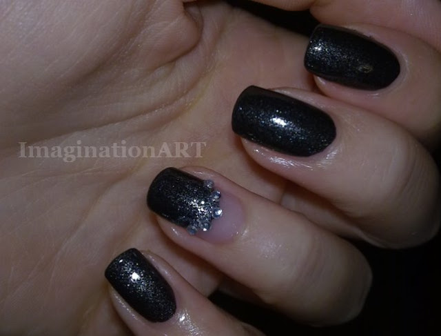 Nail_ART_Dark Glitter_pupa_nero_black