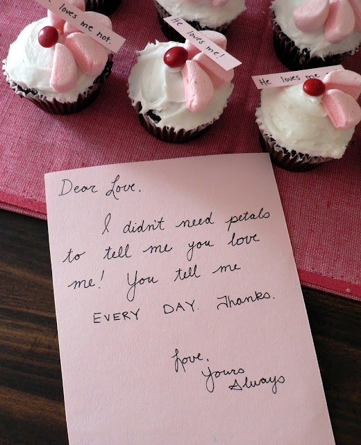 He Loves Me! He Loves Me Not. Cupcakes