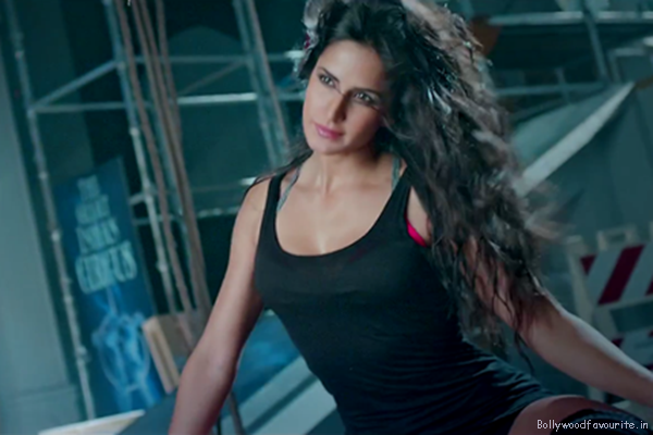 Katrina Kaif  hot and sexy pic, she is one of the hottest celebs in bollywood industry. Katrina Kaif wearing black showing her hot body.