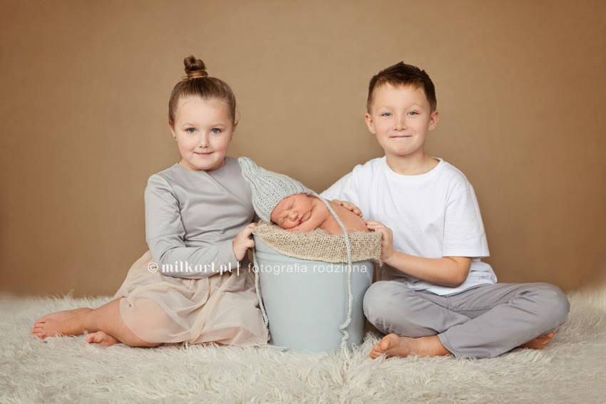 Fotografia rodzinna, zdjęcia rodzinne, sesje dziecięce, sesja na prezent, foto dziecko