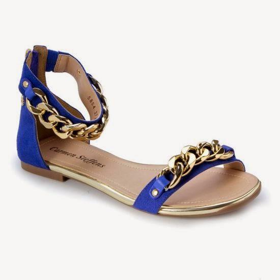 As sandálias rasteiras são uma boa aliada no verão