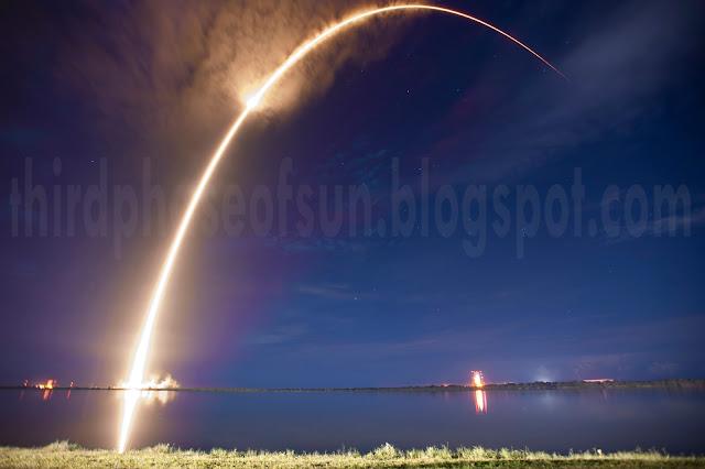 Atlas_V_cape_canaveral_ovni_Rockets_launch_Altas_V_UFO_USA_MIAMI_Mistaked