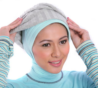 Cara Memakai Jilbab 2012