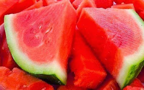 فوائد البطيخ لجسم الانسان