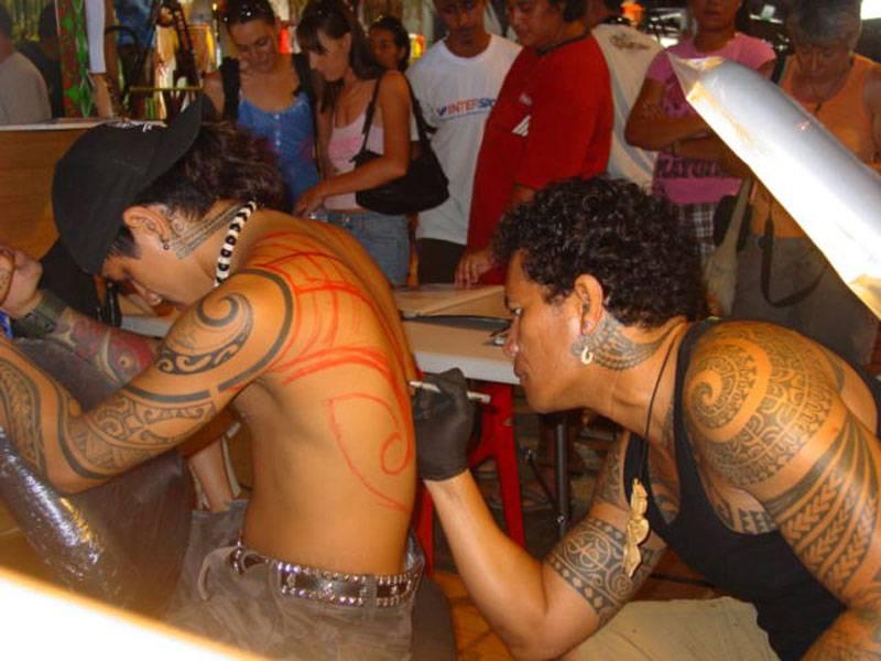 Création tatouage polynésien maori Tatouages et piercings
