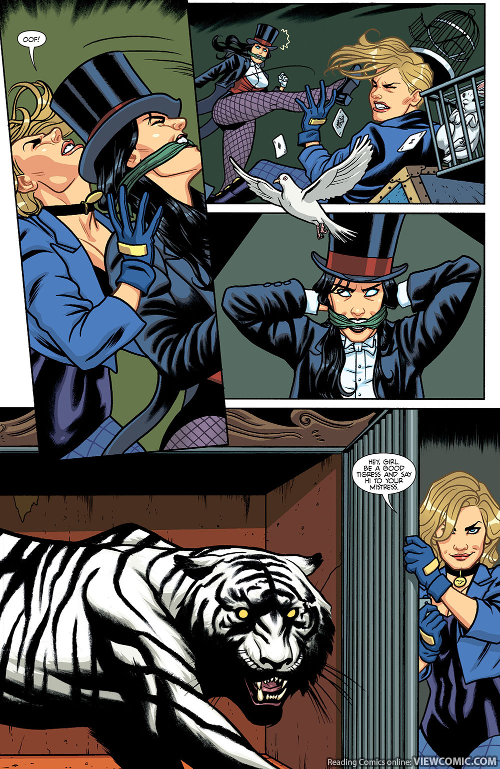 Zatanna and black canary kiss