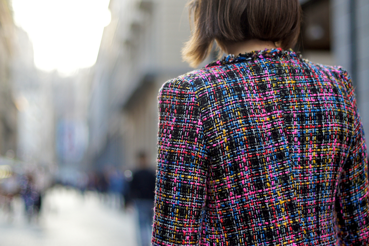 tweed coat streetstyle detail