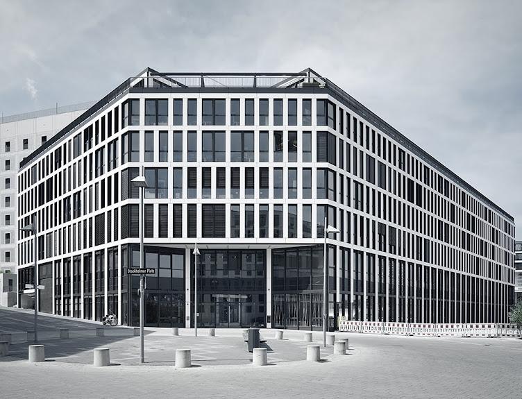 Euro Plaza FAY Architekten