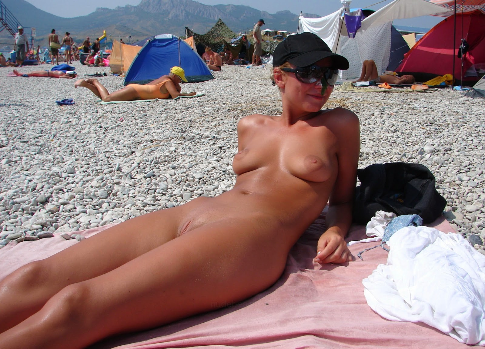 nudisti-v-rossii-video
