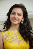 Rakul Preet Singh Gorgeous looking Photos-thumbnail-2