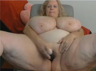 Susie+Q+the+biggest+tits.flv snapshot 06.33 %5B2013.03.11 16.48.12%5D  Suzie 44K Masaturbation in frront of web camera