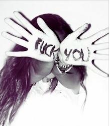 No te odio pero digamos que no me emociona que hayas nacido.