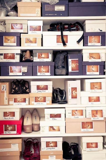 Organizar las cajas de zapatos en el armario