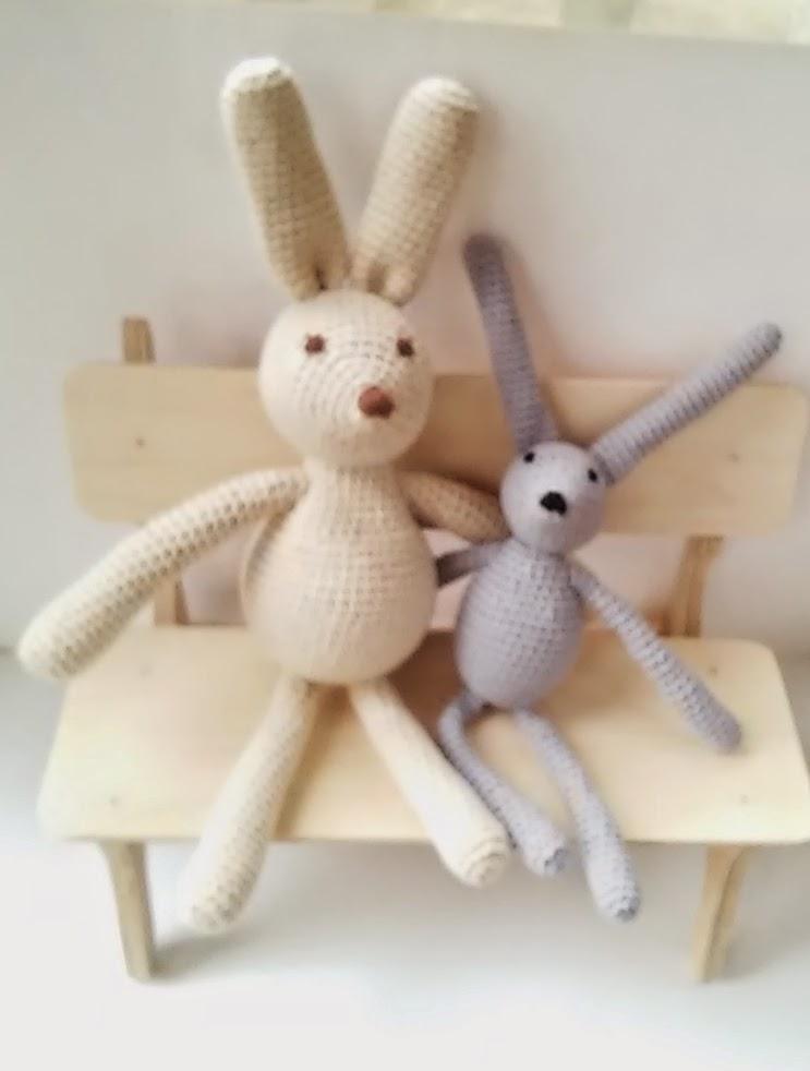 детские игрушки зайцы