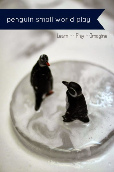 Simple small world play - Penguin sensory bin
