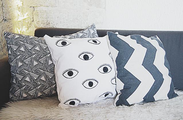 http://la-rubrique-a-brac.blogspot.fr/2015/06/diy-coussin-motif-il-urban-outfitters.html