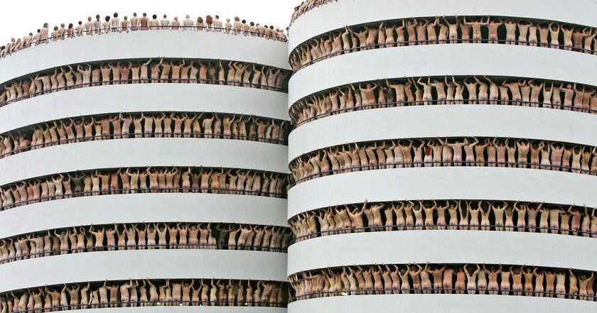 versaweiss peeks...: Spencer Tunick: http://versaweisspeeks.blogspot.com/2011/05/spencer-tunick.html