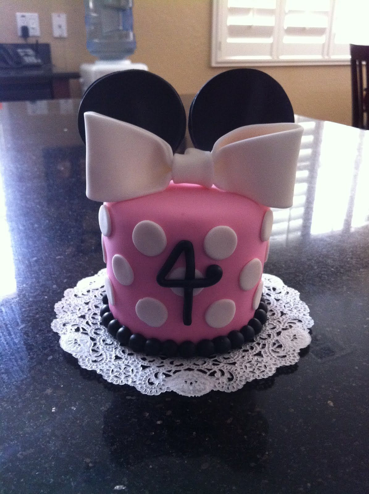 Cake Designs For 4 Year Girl : SASSY CAKES - Your Fondant Cake Design Destination: Minne ...
