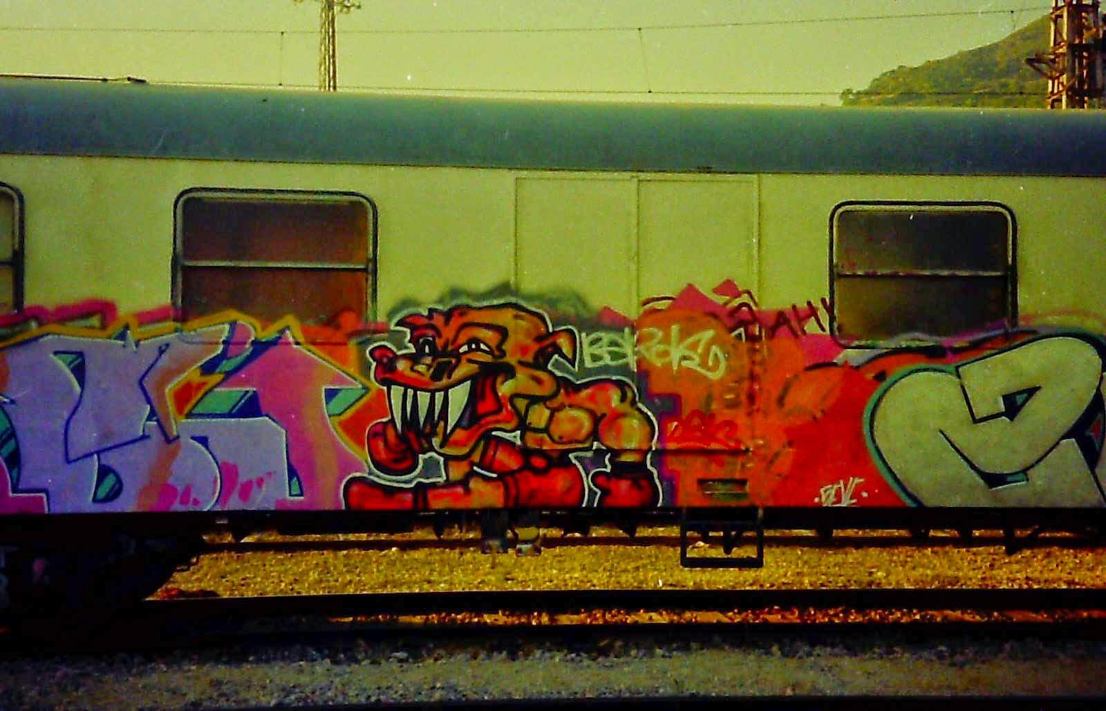 Graffiti Barcelona trenes vieja escuela