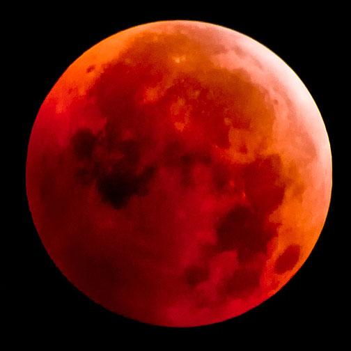 Luna de sangre, luna llena