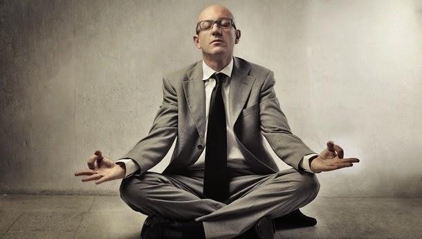 6 princípios de ioga para equilibrar a sua carreira