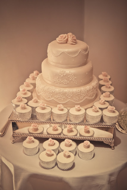 fiona cairns, wedding cake,
