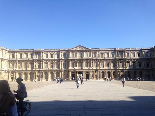 France Paris holiday louvre museum beautiful buildings