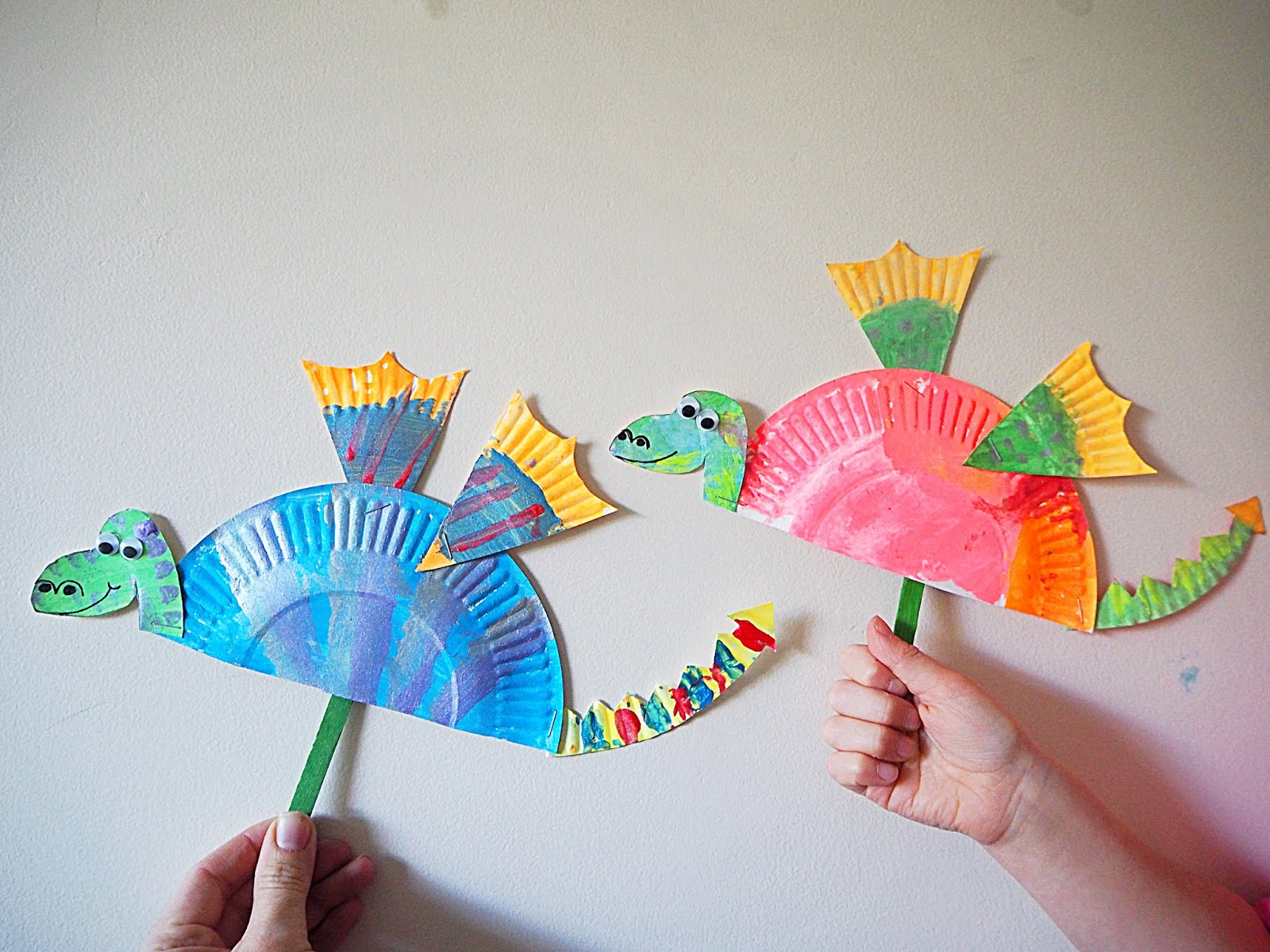 Chinese New Year Paper Plate Dragon Craft