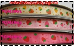 pita motif stawberry