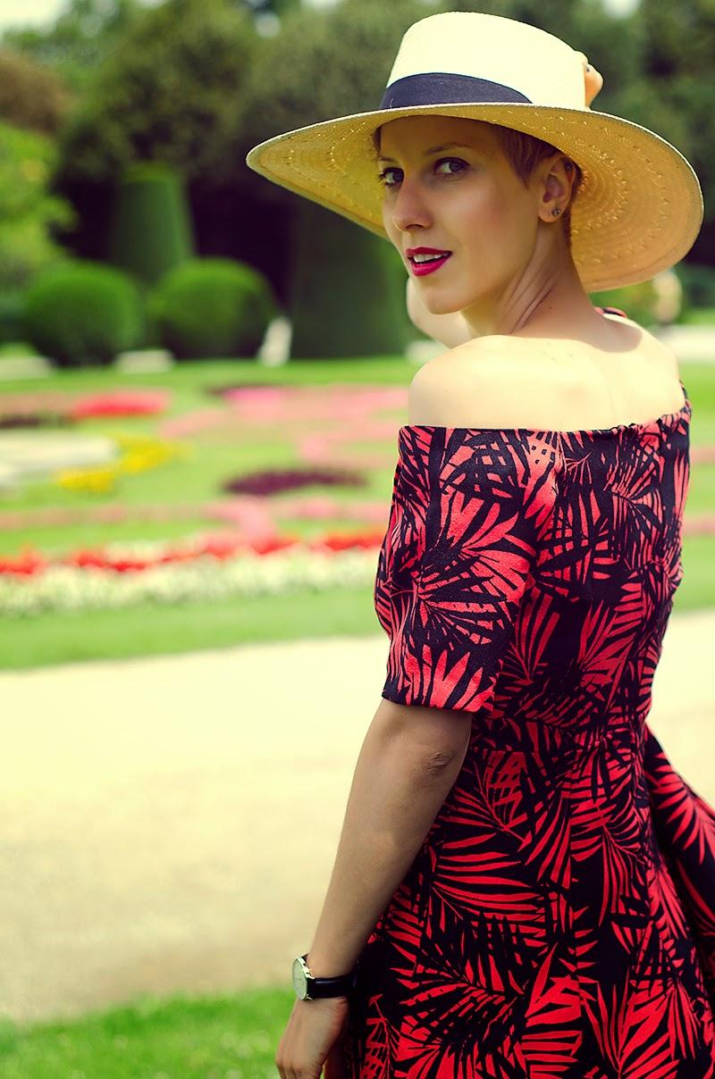 off shoulders dress beeswonderland