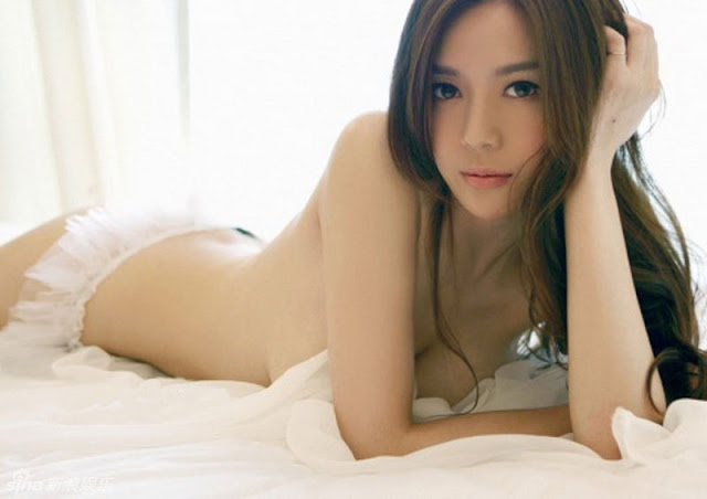 asian women nude Local
