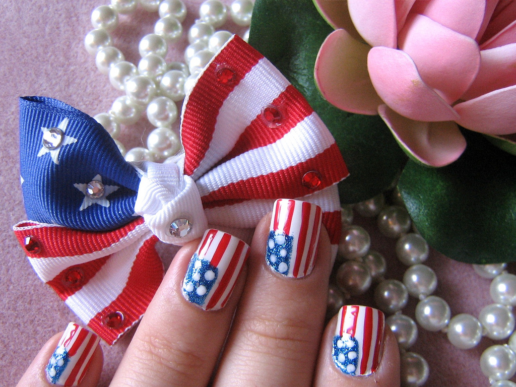 Celebrities and fashion 15 coolest nail art designs flag nail art design prinsesfo Gallery
