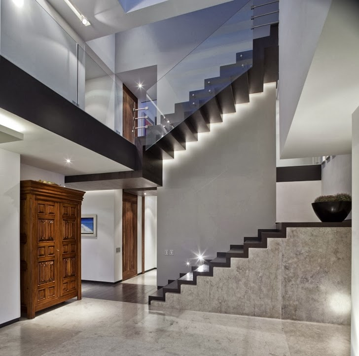 Minimalist stairs in Contemporary Casa Río Hondo in Mexico City