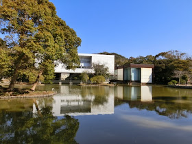 神奈川県立近代美術館