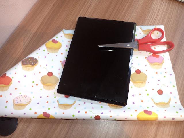 Paleta decorada com cupcakes