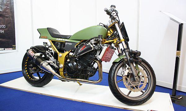 motor kawasaki ninja 250 cc merekea memodifikasi seluruh bodi kawasaki title=
