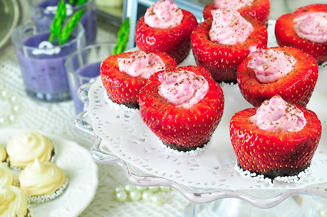 Where food, family and friends gather, Simply Gourmet: 278. Strawberry Cups