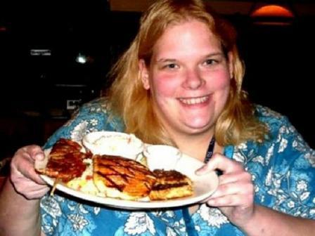 01:44 pm - Redacción La chica ganó 94 kilos en los últimos cinco ...