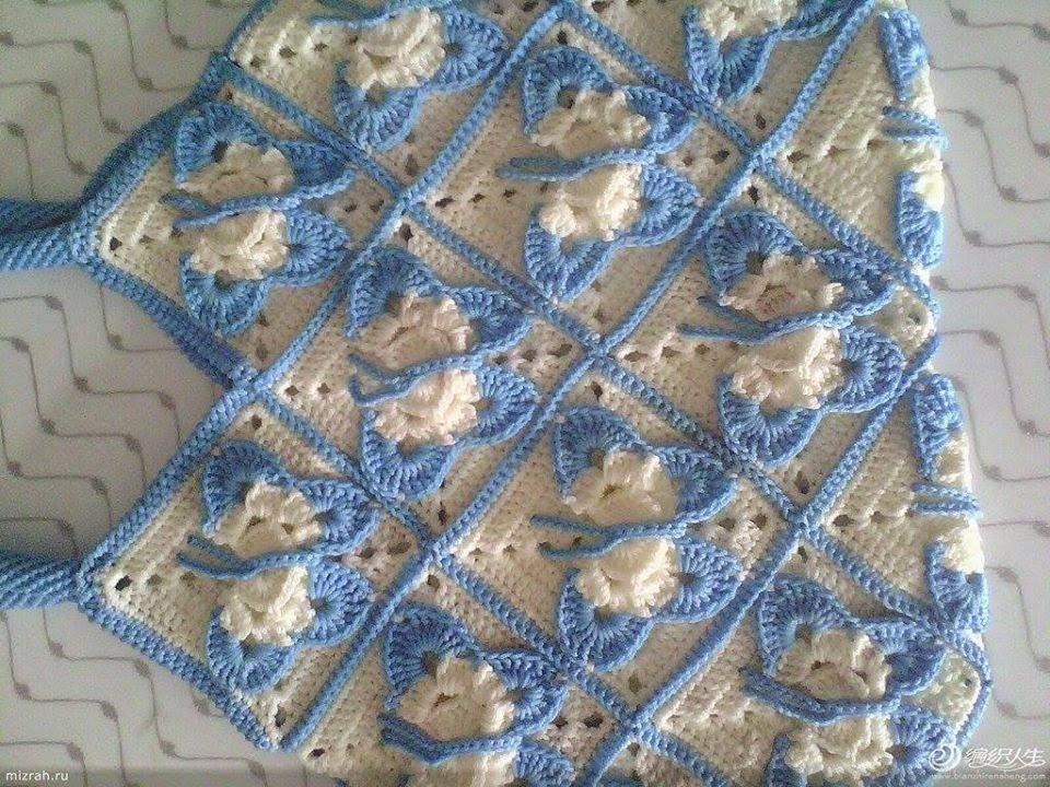 Hobby lavori femminili ricamo uncinetto maglia mattonelle