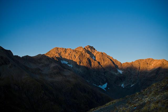 Łukasz Kocewiak - Mt Rolleston o wschodzie słońca