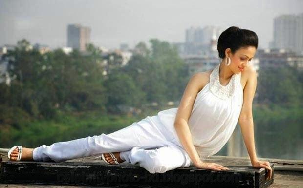 Dilruba+Yasmin+Ruhi+ +A+Hot+Professional+Model+and+Actress+of+Bangladesh+With+Biography001