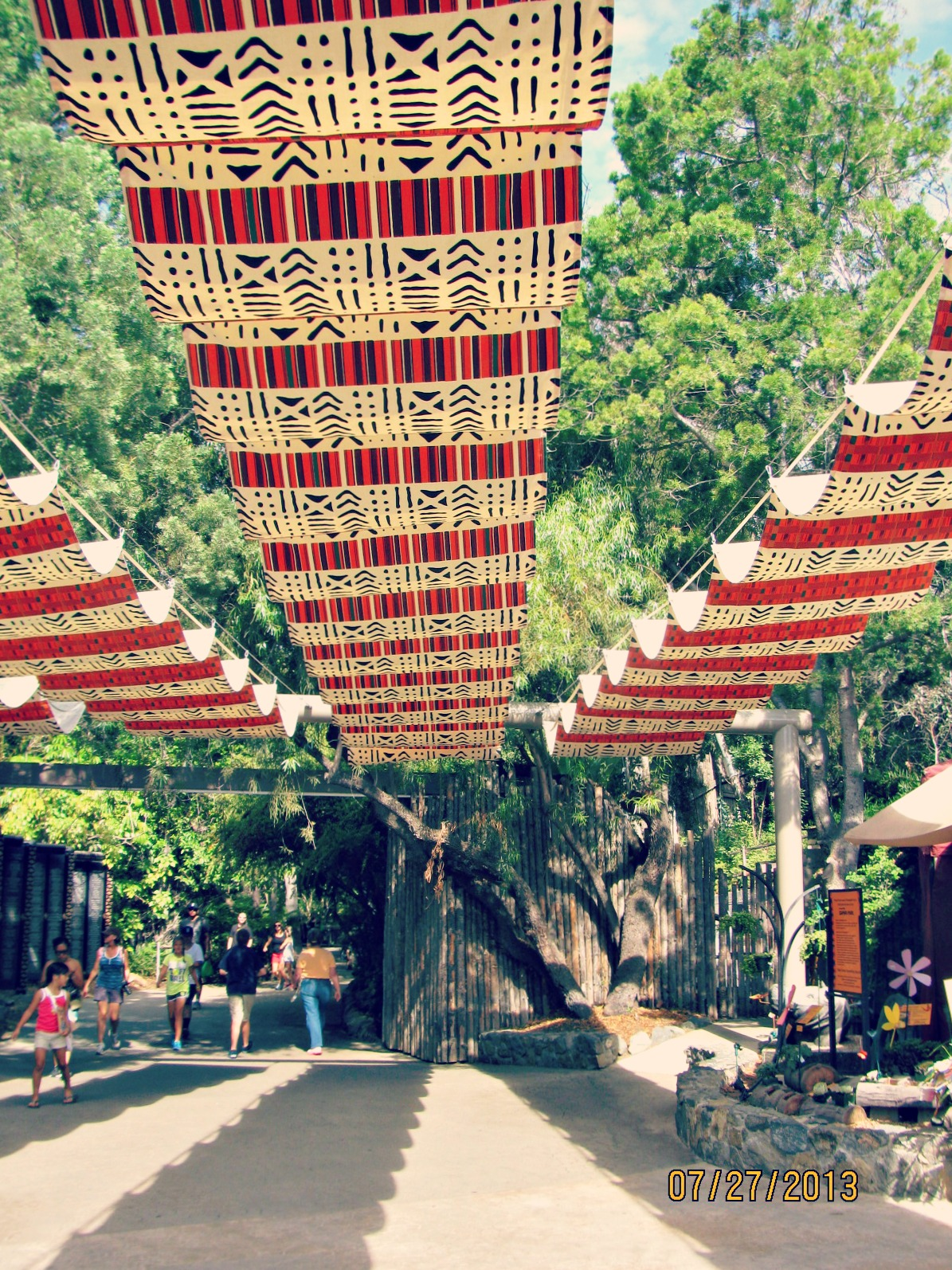 San Diego Safari Park // Decorated Walkway