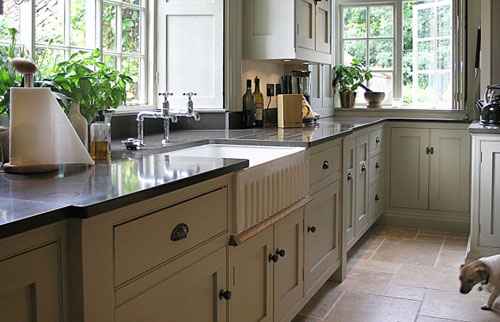 Traditional English Cottage Kitchen By Chiselwood