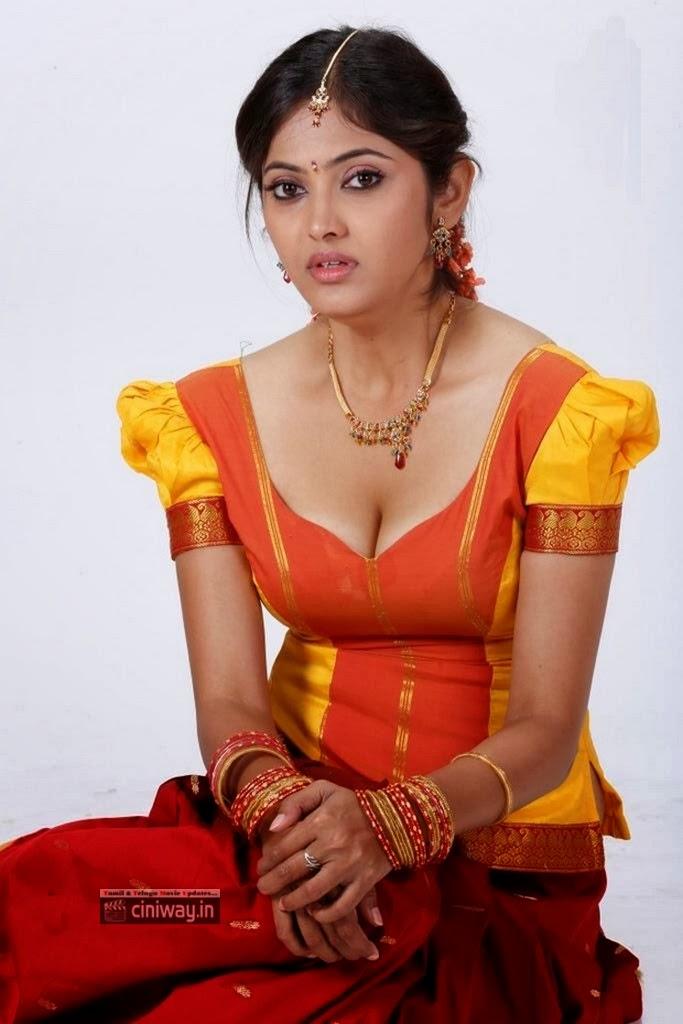 Actress-Supoorna-New-Stills